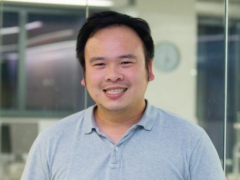 Dr Ivanhoe Leung